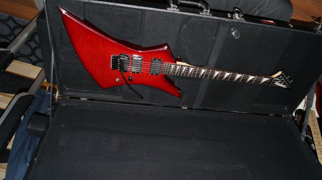 Kjempefin rød Jackson Kelly gitar